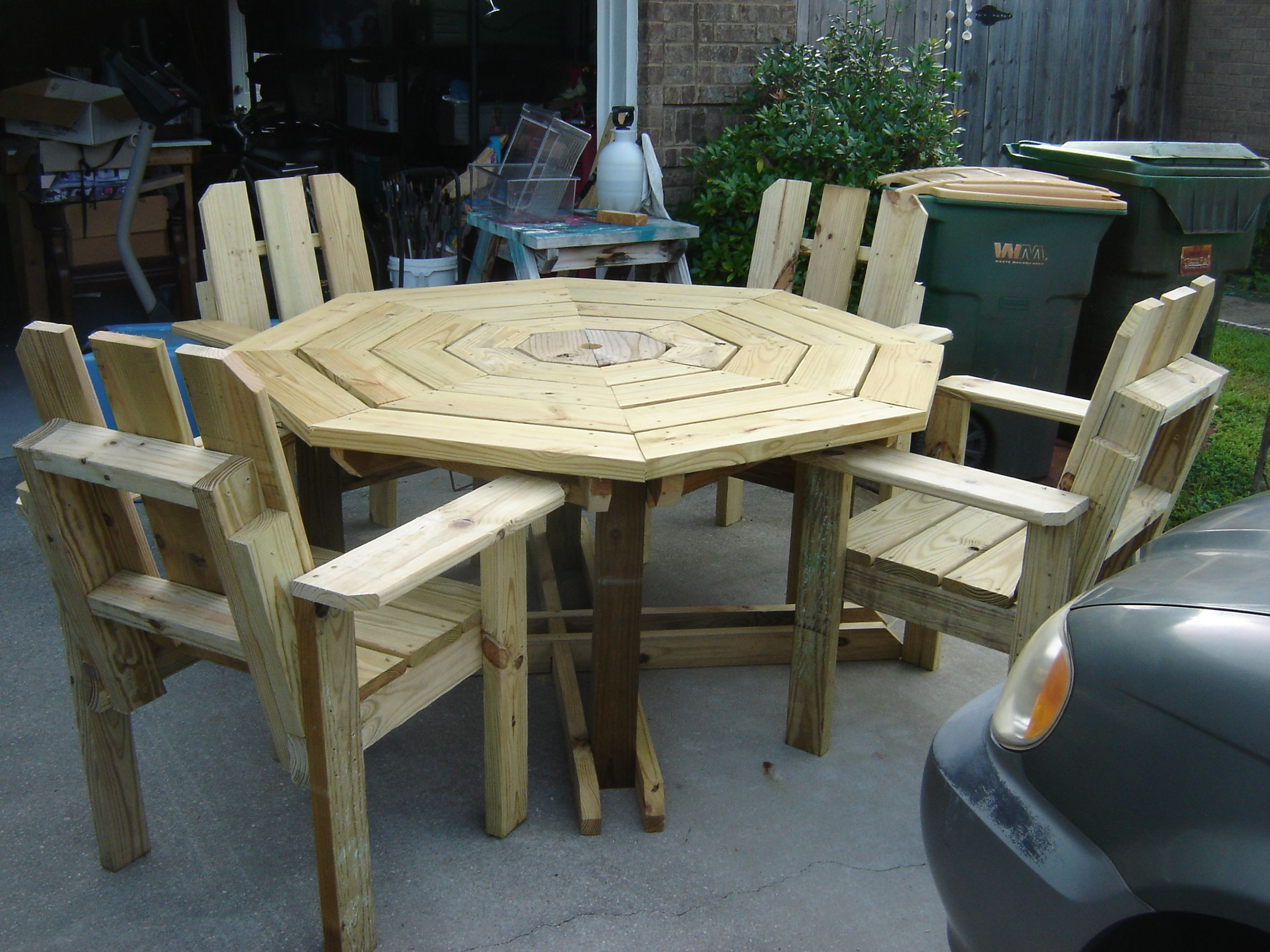 Regular Height Octagon Table With Chairs