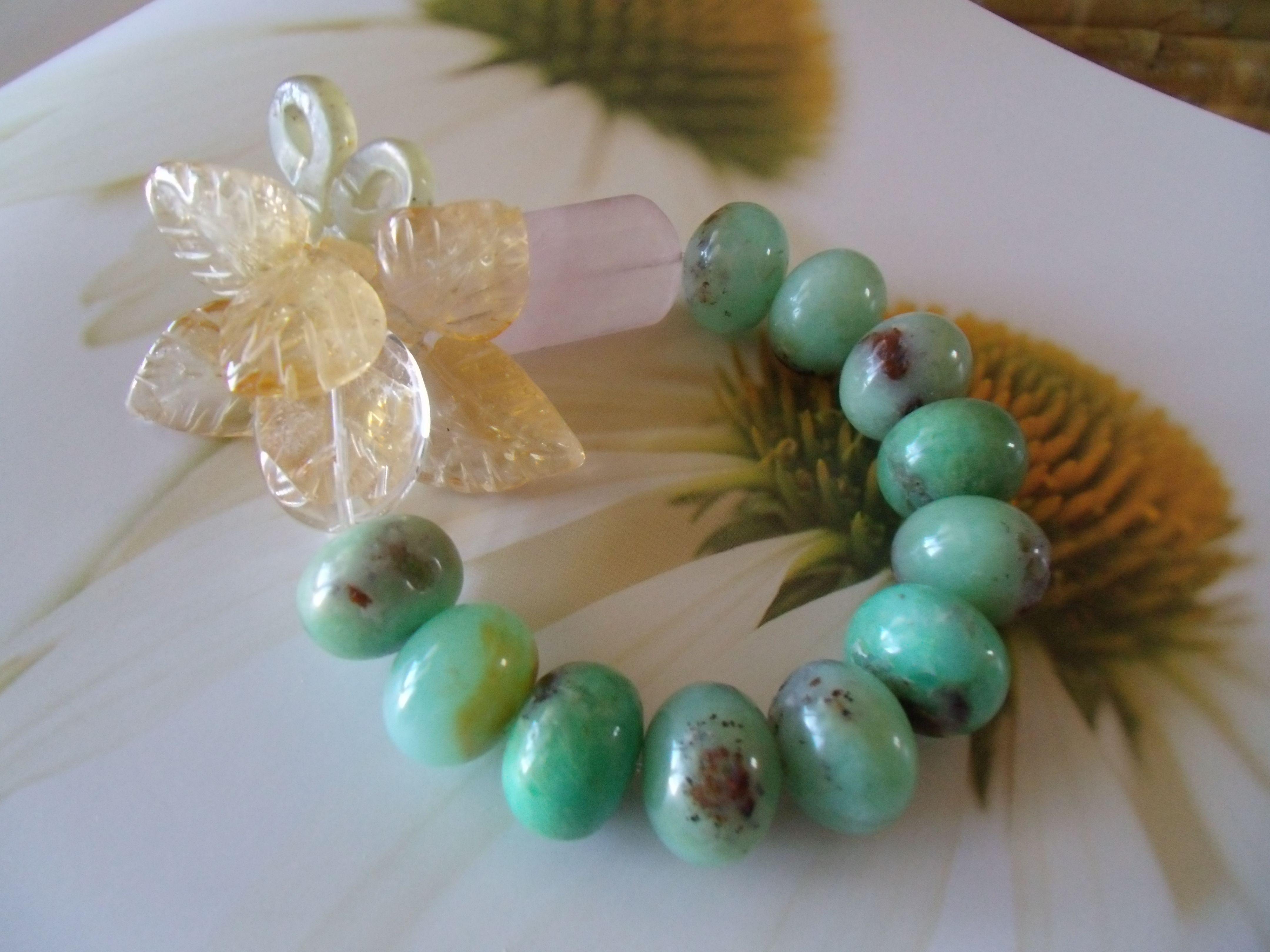 corsage collection  stretch bracelet of chrysoprase