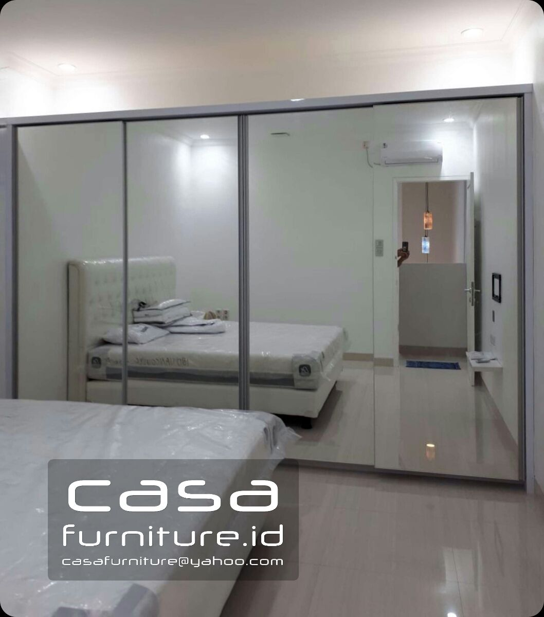 Model Lemari Pakaian Kaca Minimalis - Desain Dekorasi Rumah