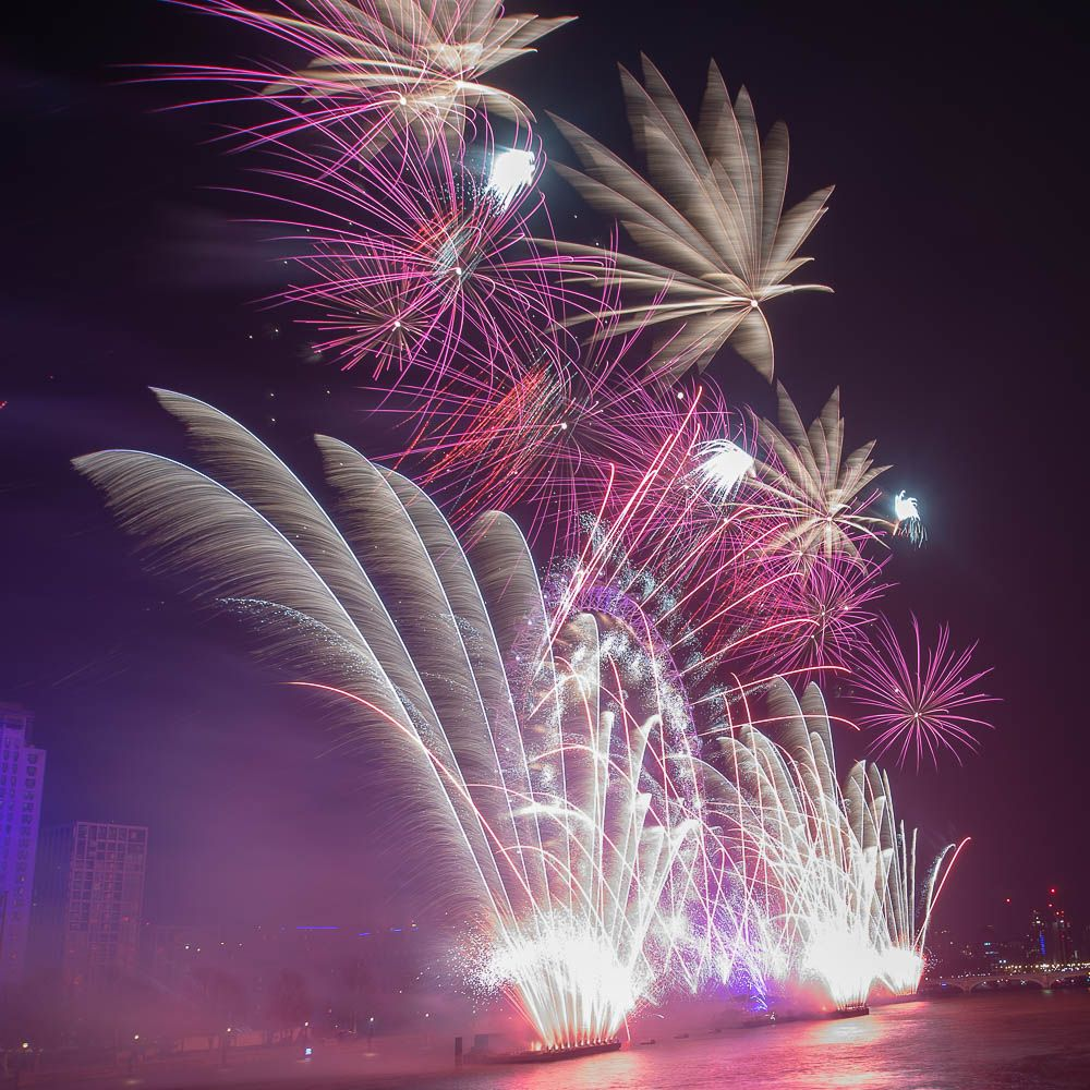 Imgur London fireworks, New years eve day, New years eve