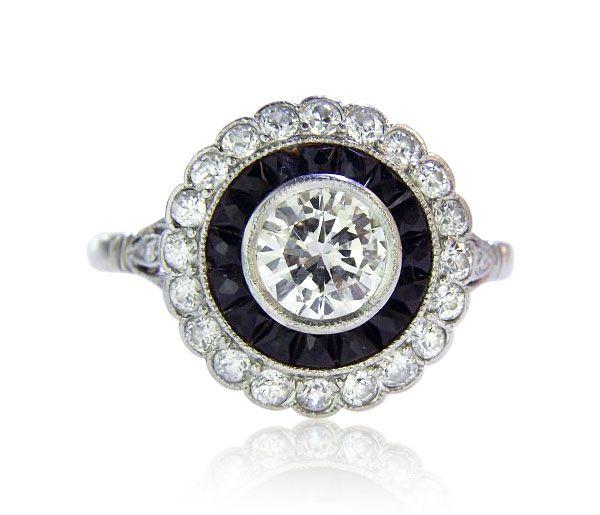 Platinum Ring Diamonds Platinring mit Solitr Diamanten und geschnittenen AchatCarrees