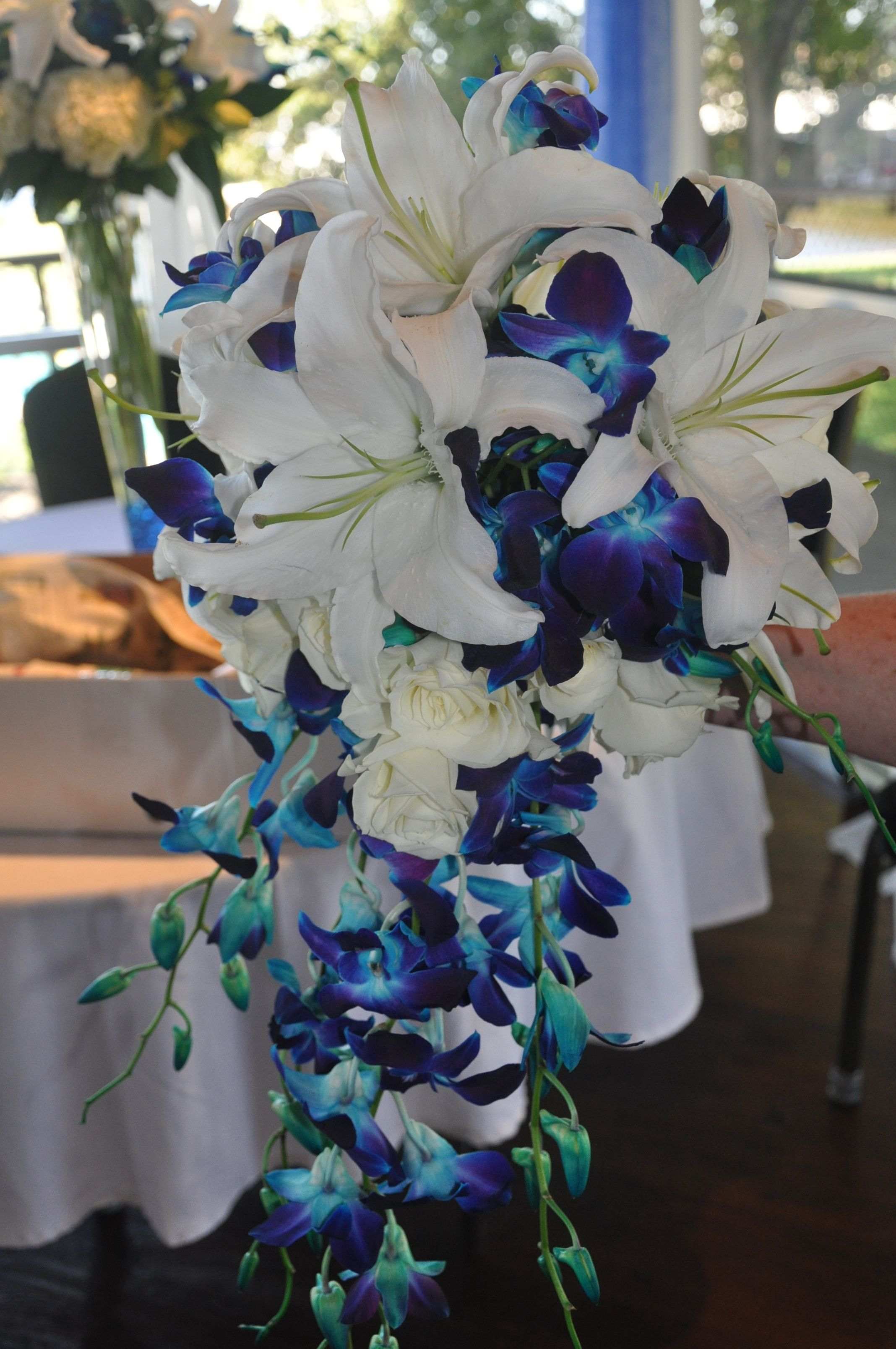 Pin By Frenchie Aragon On Wedding Decoration Ideas In 2020 Wedding Flower Guide Wedding Bridal Bouquets Bridal Bouquet Blue