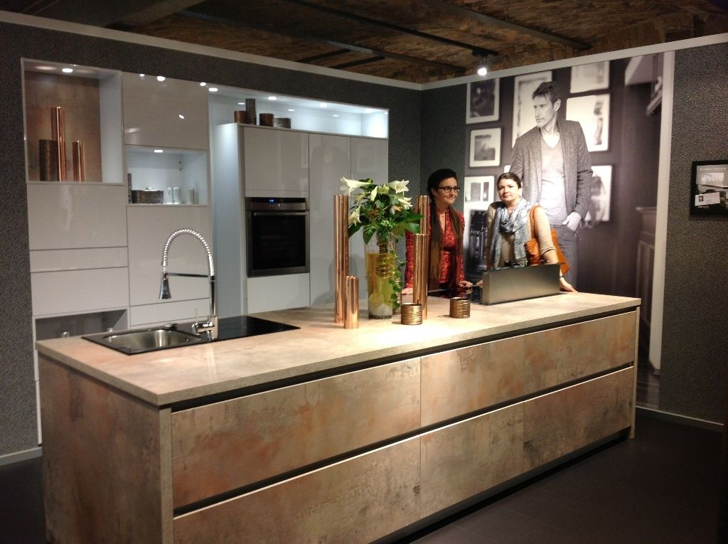 Chicago: new finish from Bauformat kitchen cabinets. Rustic urban ...