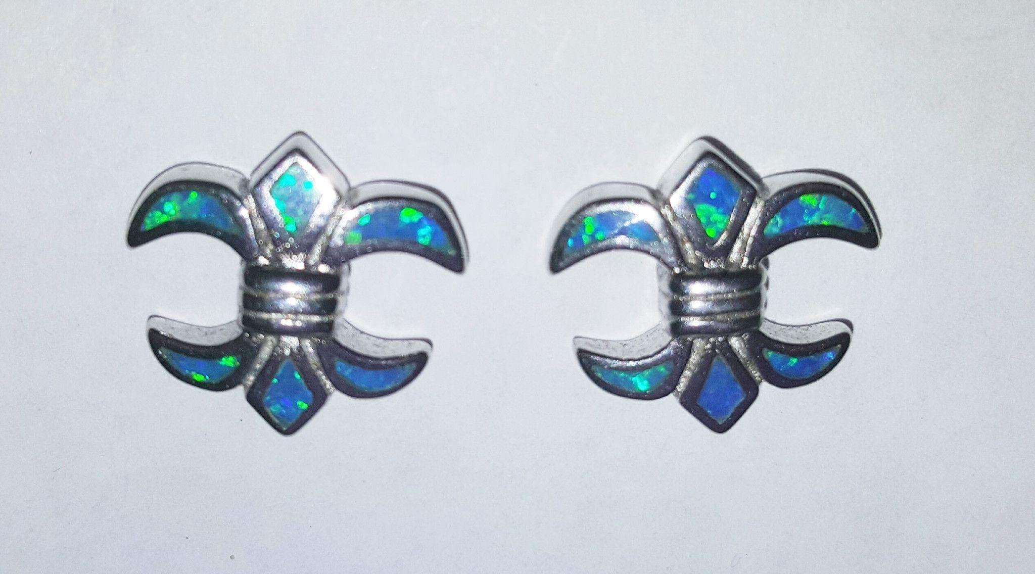Fluer de lis opal earrings