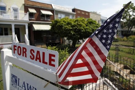 USA. The sales of previously owned homes increased by 6,5% nationwide in July and improved by 17,2% versus the previous year, the best figures in three years according to the National Association of Real Estate Agents.