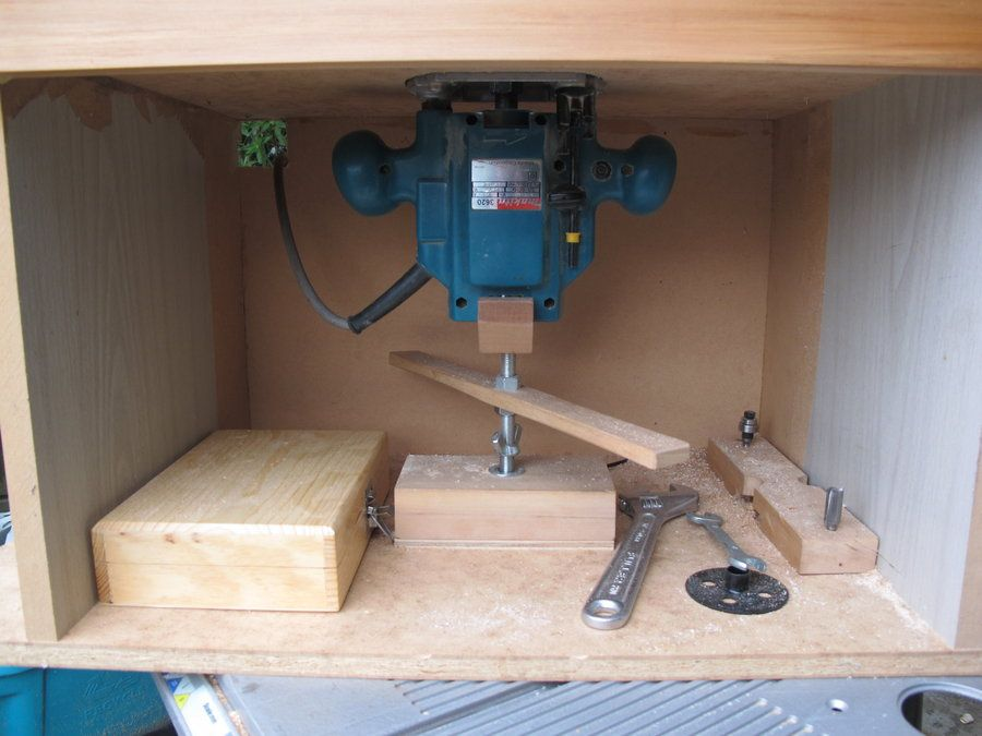 Router lift toolswoodworking pinterest router lift router router table box with d i y lift by kiwichippie lumberjocks keyboard keysfo Images
