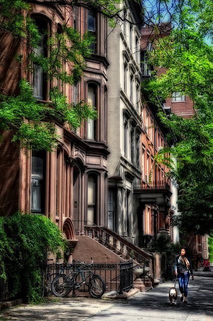 Dream Like Scene Of Picturesque Brooklyn Heights New York