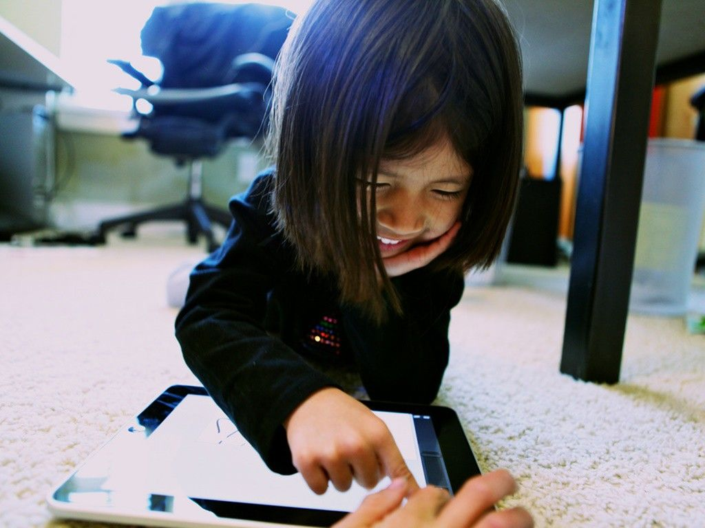 Cuatro aplicaciones geniales para la educación de los niños.