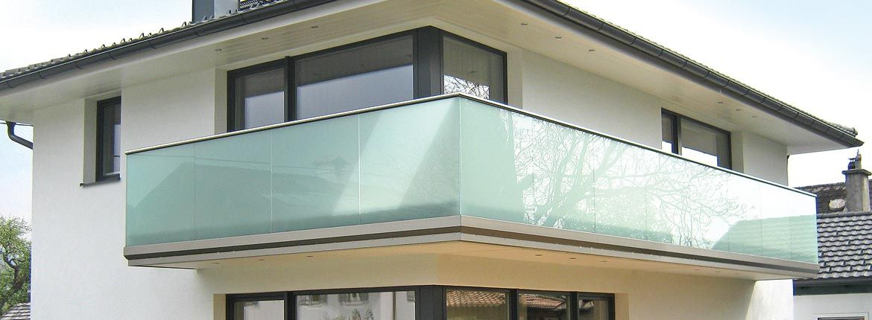 Pin Von Stefanie Barth Auf Balkon In 2019 Glas Deck Und House