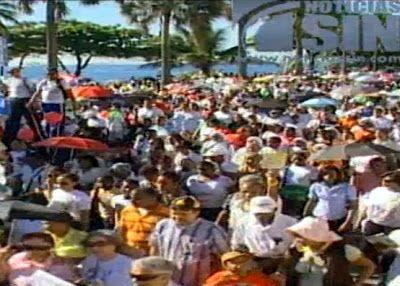 Revista El Cañero: Publicada el 24 de noviembre de 2013 Cientos de católicos marchan por el rescate de los...