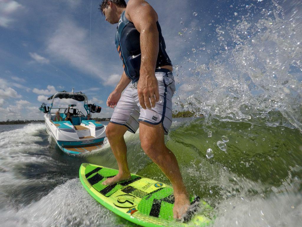 Danny Harf cruising the 2018 Ronix Fish Skim Modello