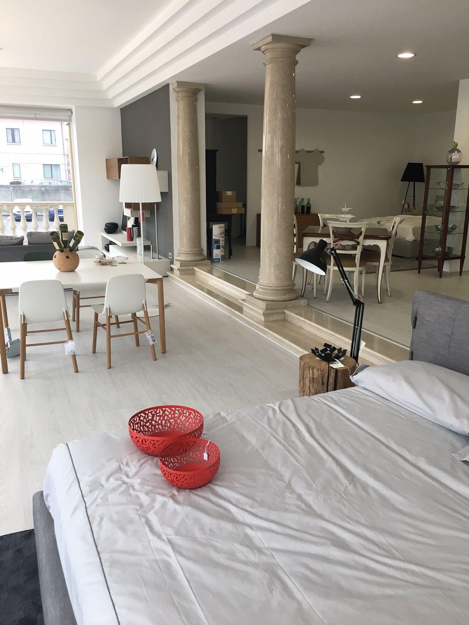 Some ideas at gregori mobili villa sarcina bs look at for Malerba mobili