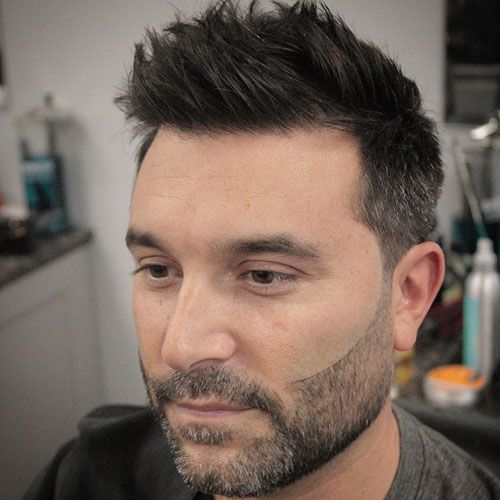 25 Best Haircuts For Guys With Round Faces 2020 Guide Mens Haircuts Round Face Round Face Haircuts Round Face Men