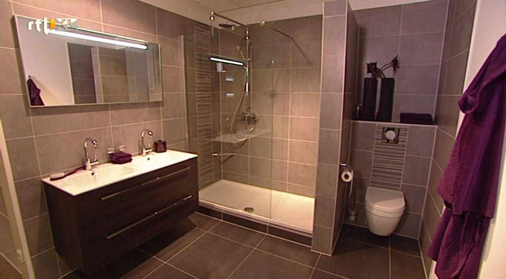 Donkere badkamer   Badkamer   Pinterest   House