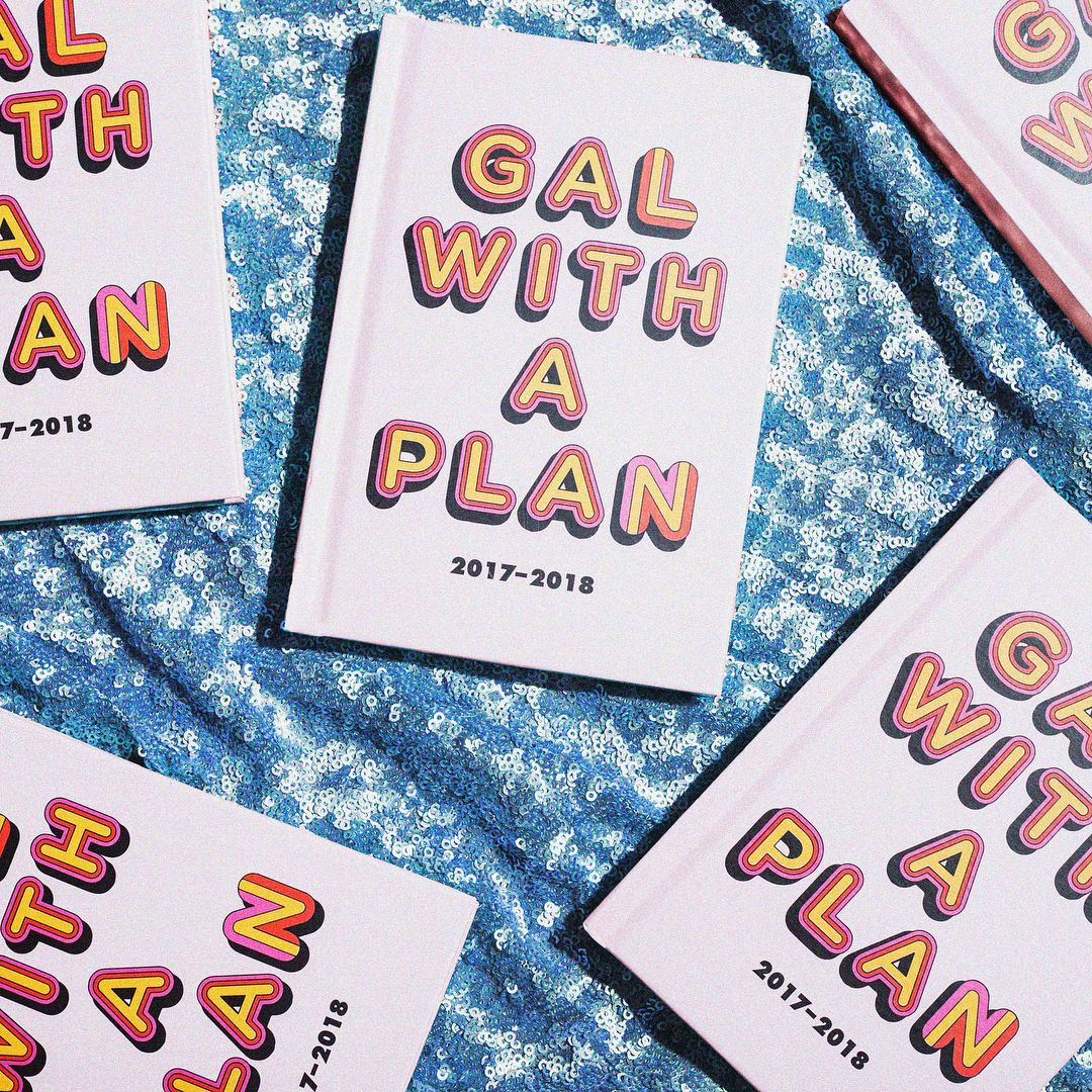 Inside The Gal With A Plan July 2017- July 2018 Agenda!  Valfre.com | #valfre