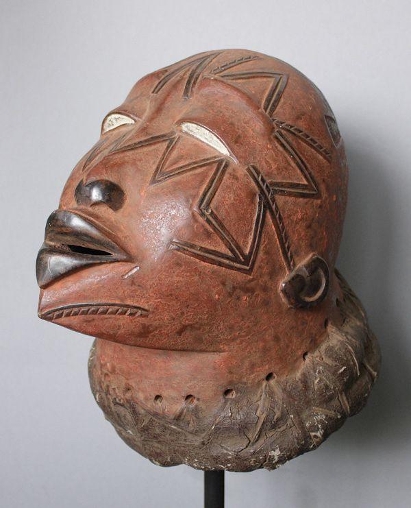 Makonde (Tanzania?) Helmmaske lipiko A