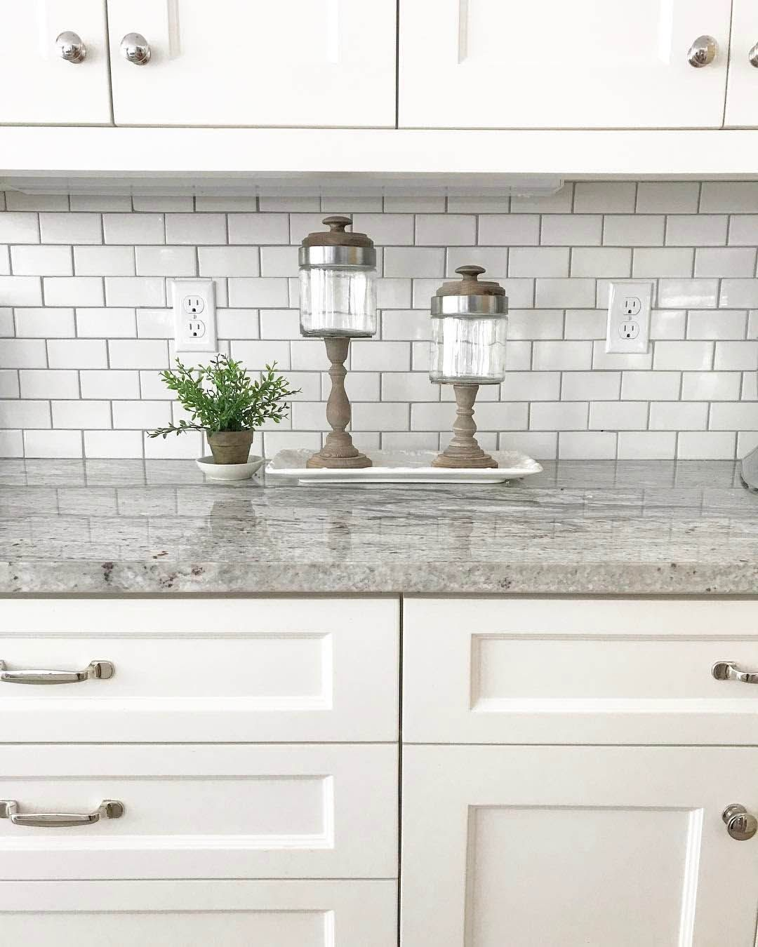 Existing Obsessions 8 Heavenly Kitchens With White Granite Countertops Replacing Kitchen Countertops Off White Kitchen Cabinets Kitchen Cabinets And Granite
