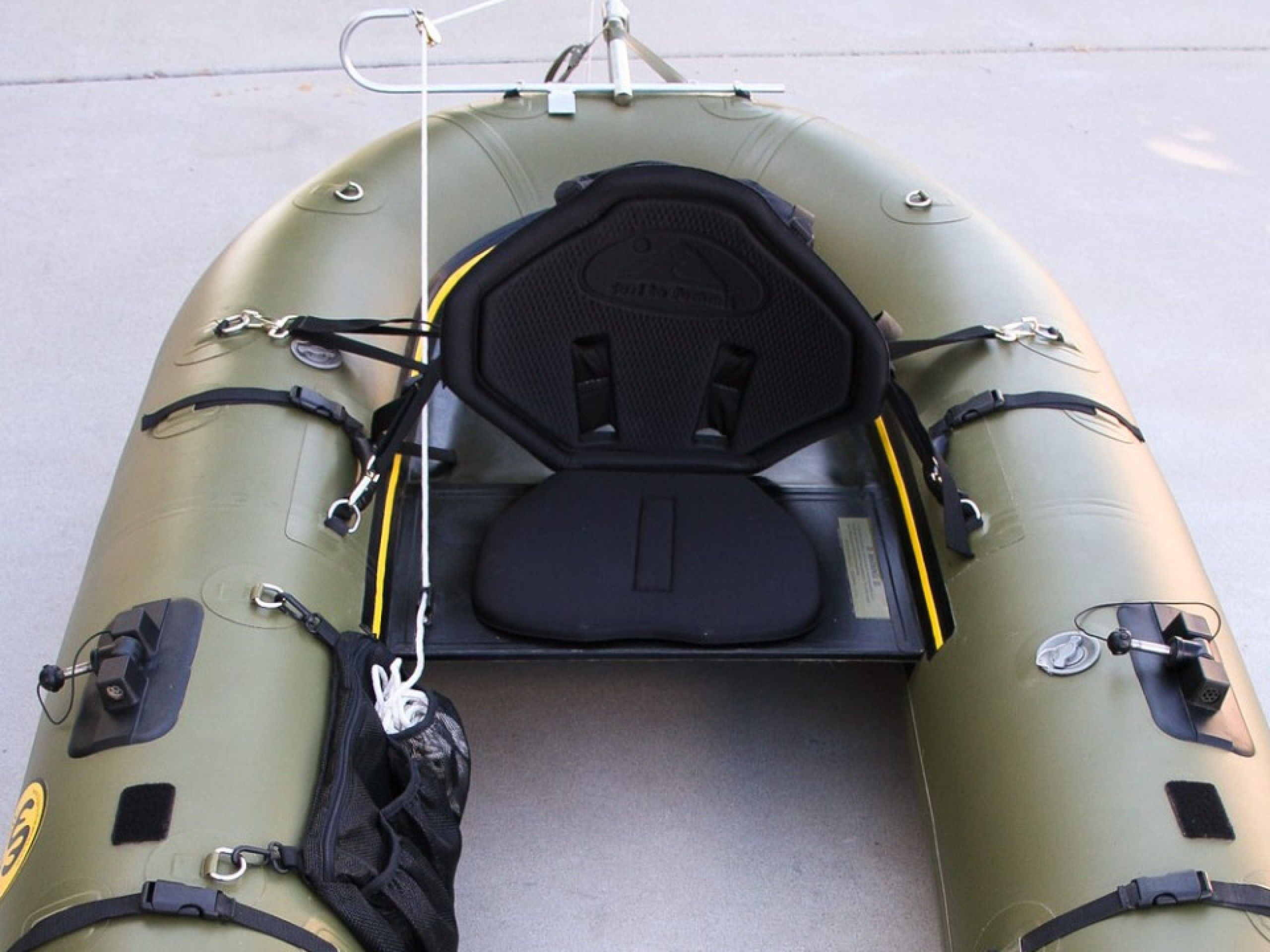 Water Master Fly Fishing Raft---I'm seriously looking at purchasing a Water Master.  Then going to Patagonia.  More contemplation needed... http://www.bigskyinflatablescom/