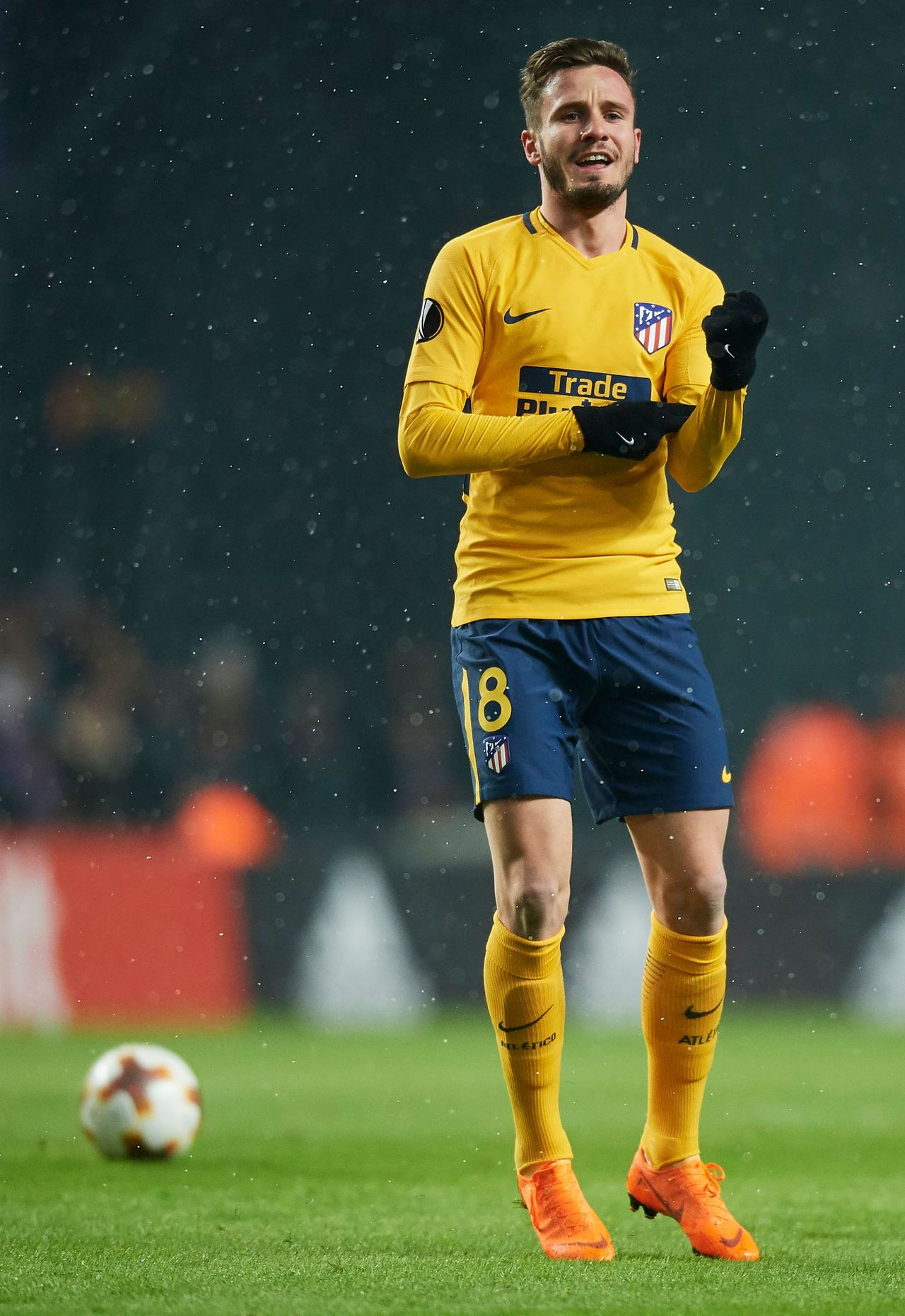 Saul Niguez Soccer Pictures Football Pictures Football