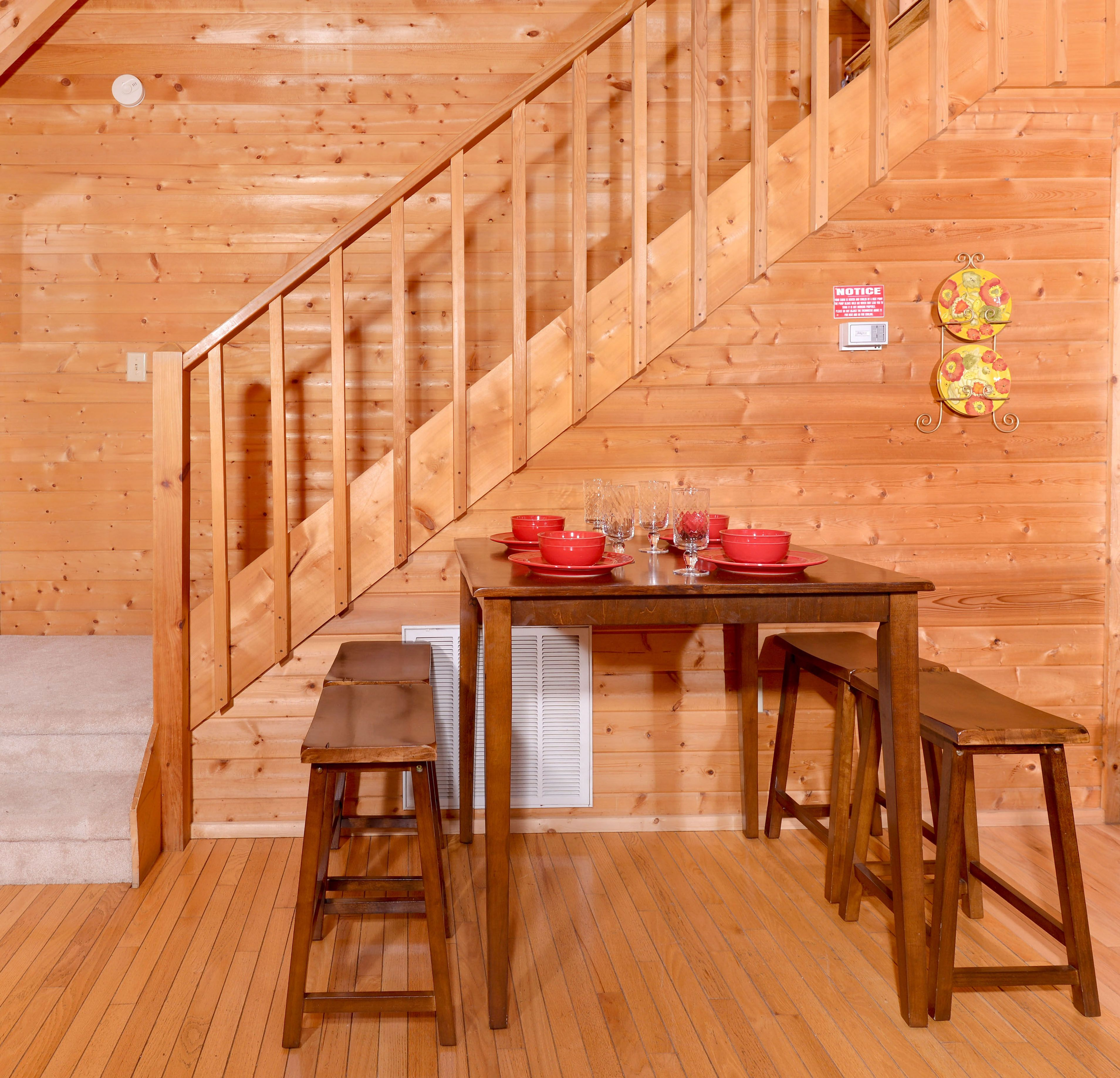 tennessee by theater forge style sets pigeon great tn chalets in the contemporary online smoky room gatlinburg and bedroom of attachment mountains cabins march to celebrate events