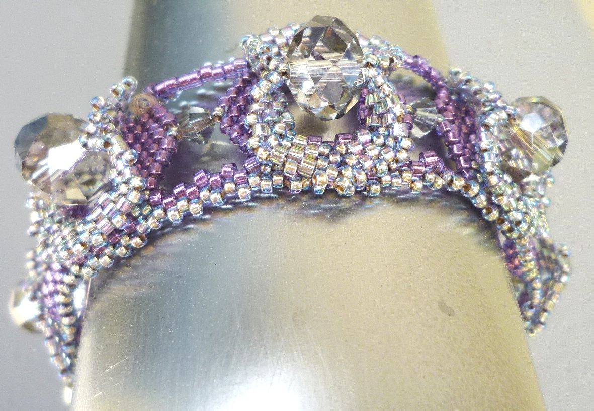 Crystal and delica Beaded Bracelet