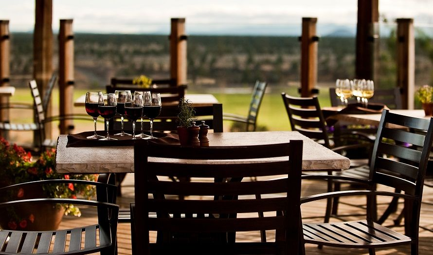 Bend oregon weddings venues ranch house brasada ranch