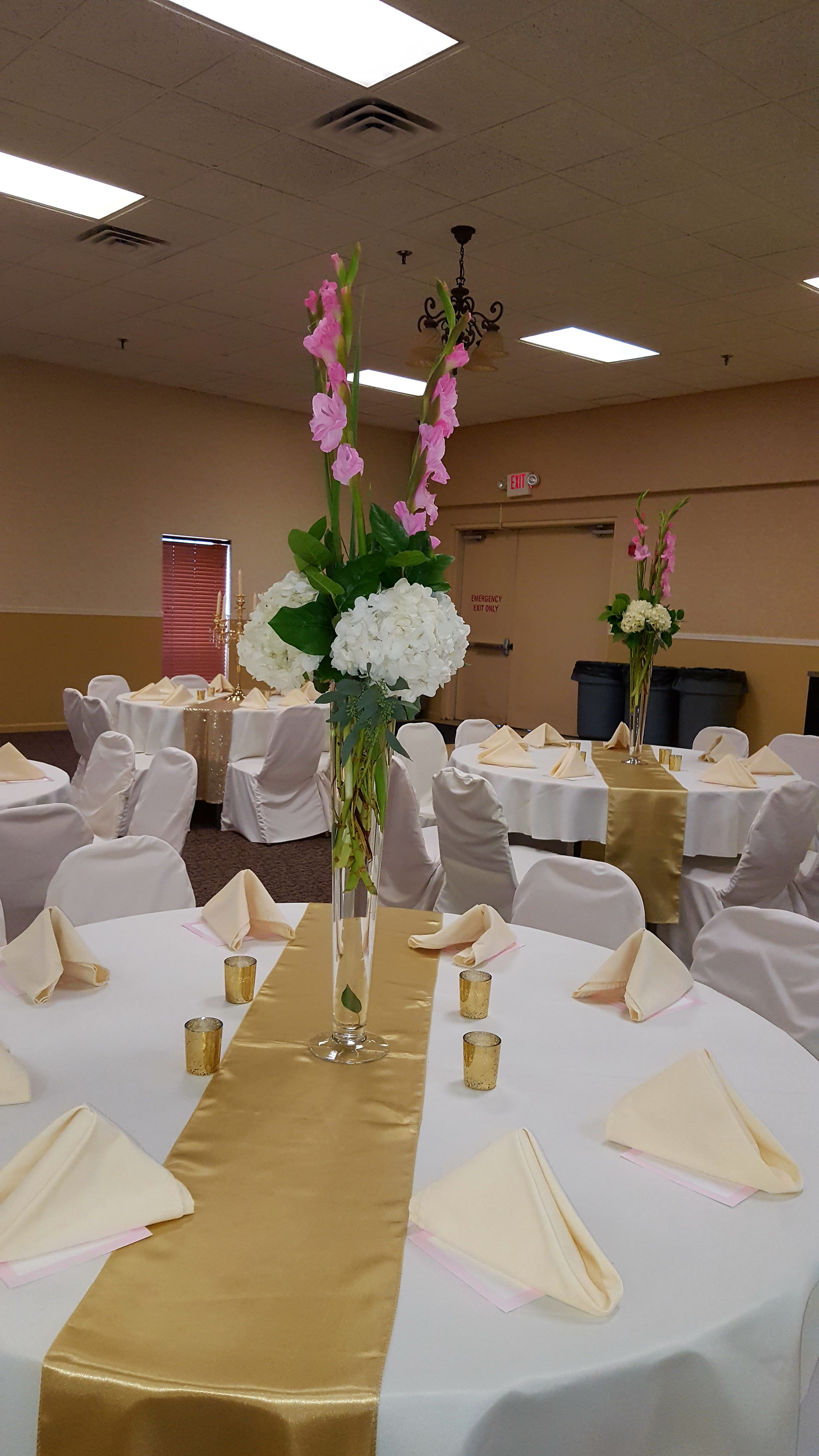 Tall Centerpiece: Fresh white hydrangeas, fresh blush pink ...
