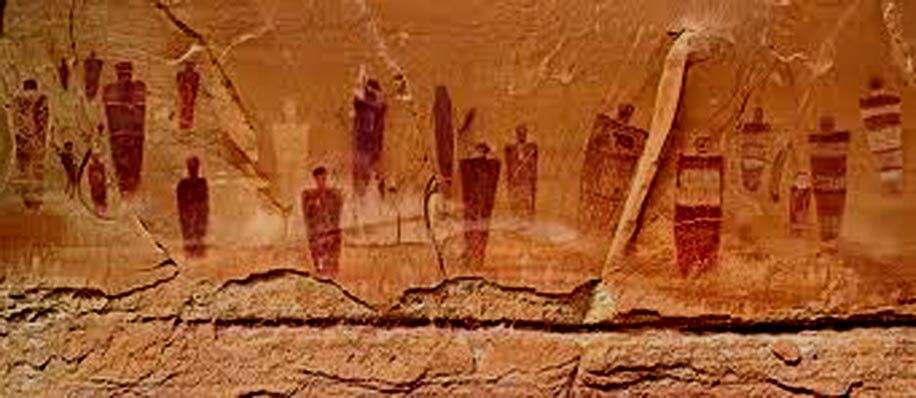 UTAH PETROGLYPH, SKINWALKERS & SHADOW PEOPLE! Proof Dimensions Are Merging? A look at several interesting clips which may prove that our dimensions are in fact, MERGING. The Shadow Figures - Utah Petroglyphs are from the prior-pole shift/flood era. One of the stranger aspects of the Skinwalker phenomena is that of the Shadow people represented in the traditional art;