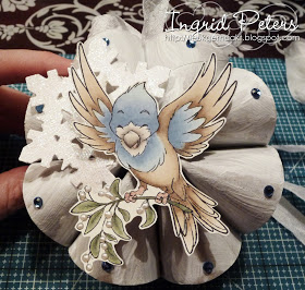 Whiff of Joy - Tutorials & Inspiration: Recycled snowflake decoration #rouleaupapiertoilettenoel