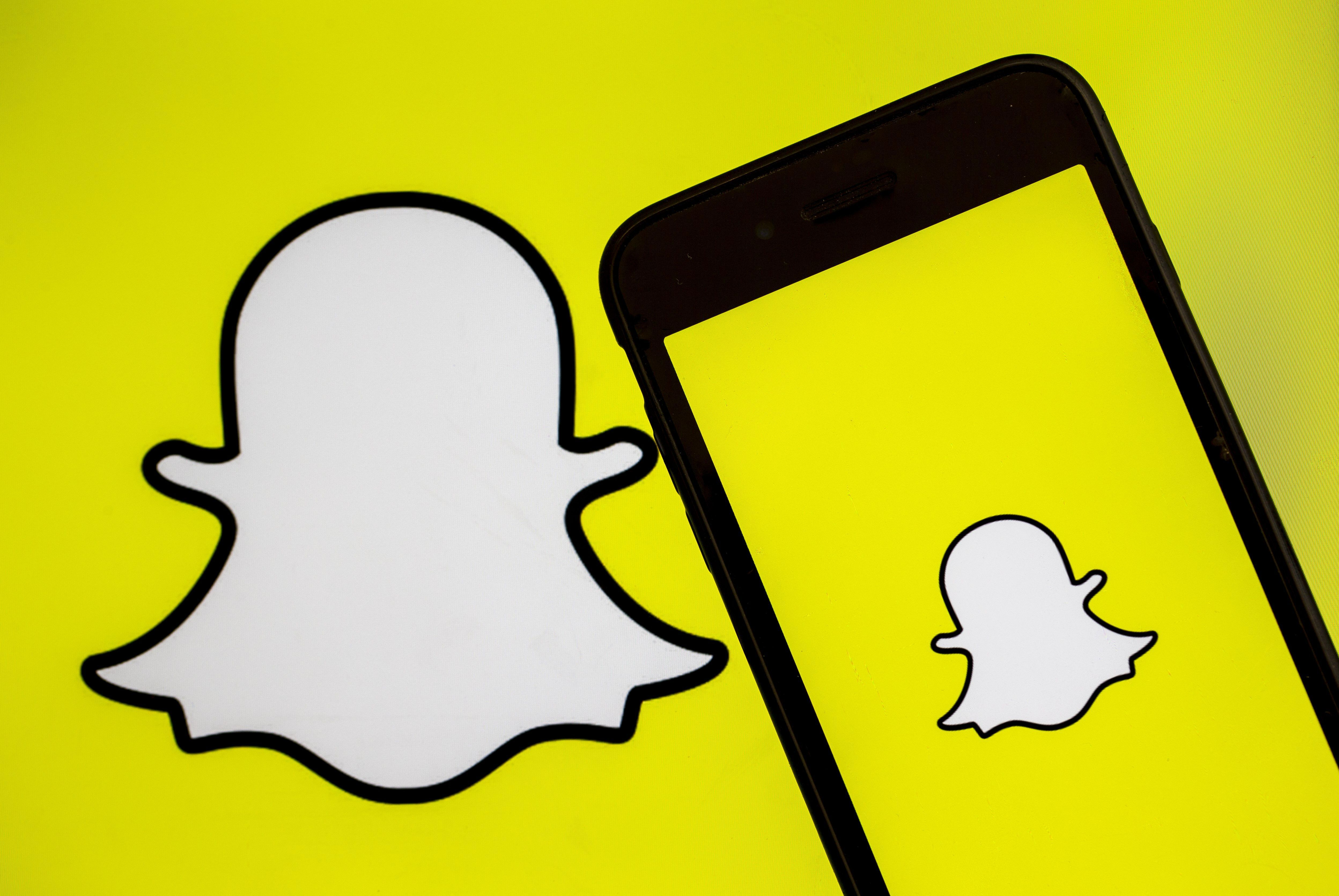 Snapchat Could Soon Get More Musical Like Tiktok Add Music For You Song Snapchat Groups