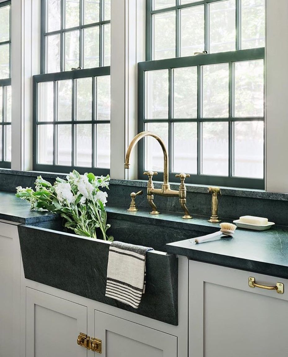 ☆LOVE The Black Modern Farmhouse Sink And The Windows