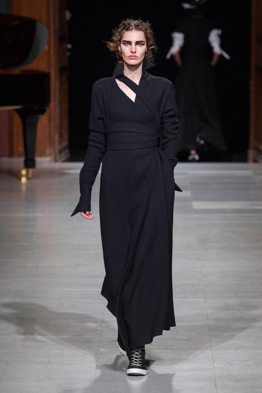 #Aganovich #2016 #Fashion #Show #Fall2016 #pfw #Paris #Fashionweek via @TheCut