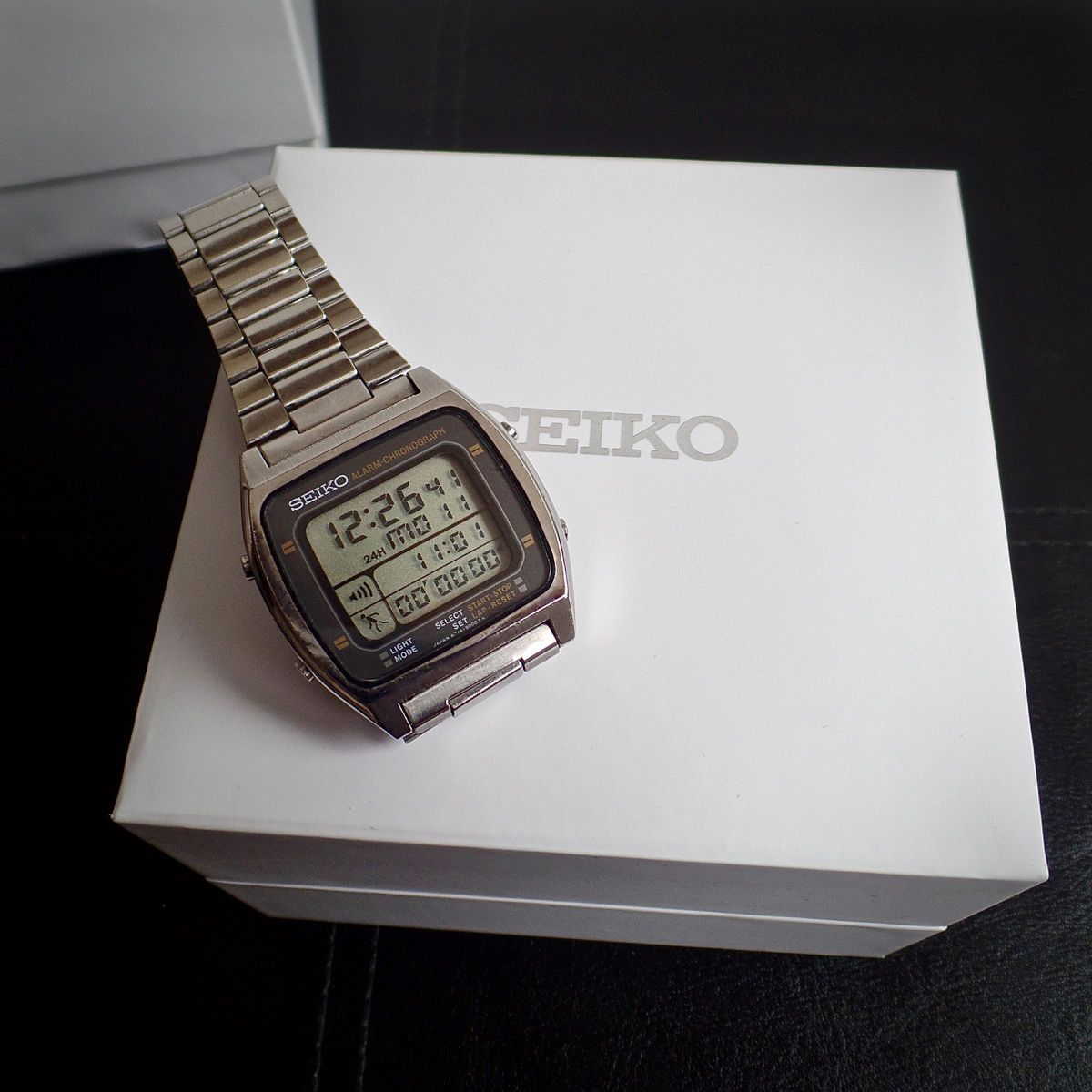 2ff27cc42e391 SEIKO A714-5009 Vintage 1983 LCD RUNNING MAN Watch   Box WORKING All  Original in Jewellery   Watches, Watches, Wristwatches   eBay