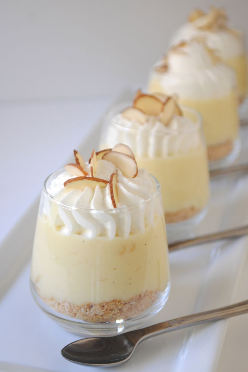 Banana Cream Pie Mini Shooters