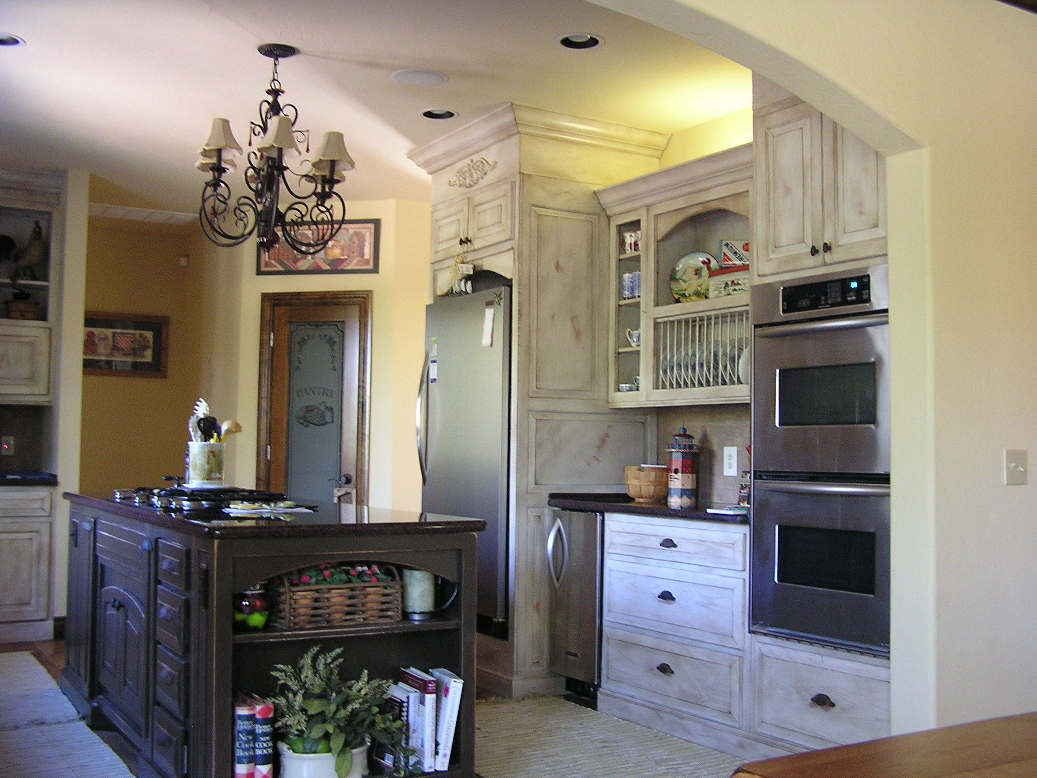 Old World Style Dark Cabinets Painted Distressed Gallery