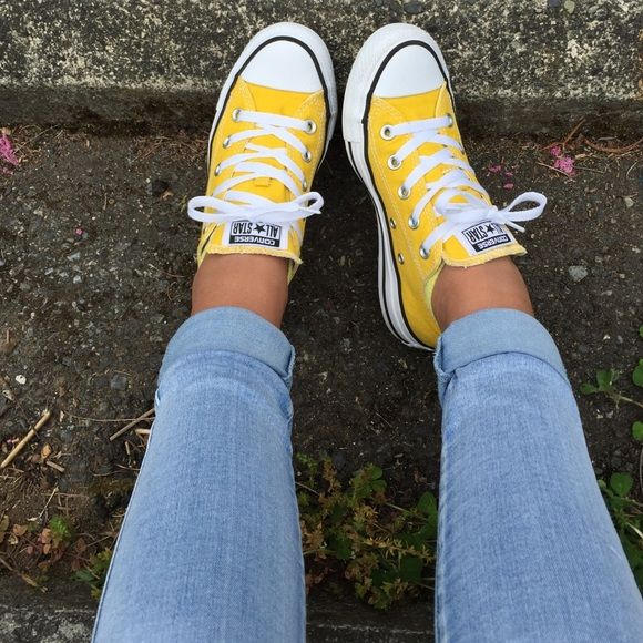 ccb5a96072567 Yellow Converse I got these for my Halloween costume but haven't ...