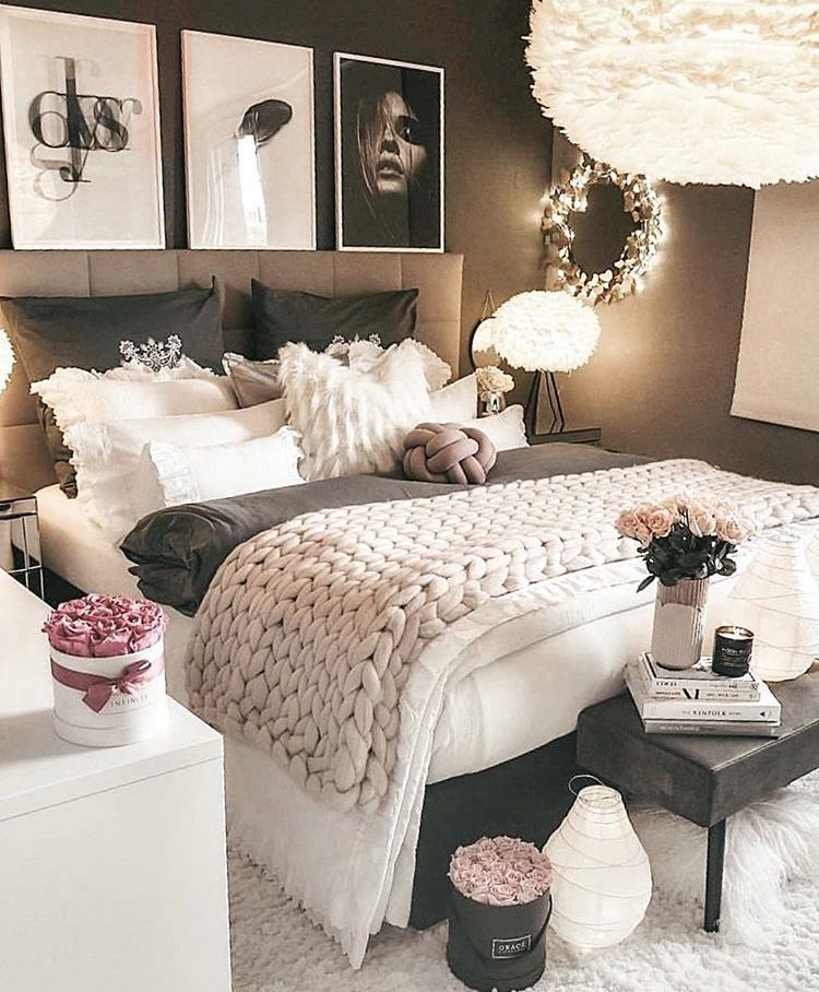 Pin By D Nyce On There S A Meeting In My Bedroom In 2019