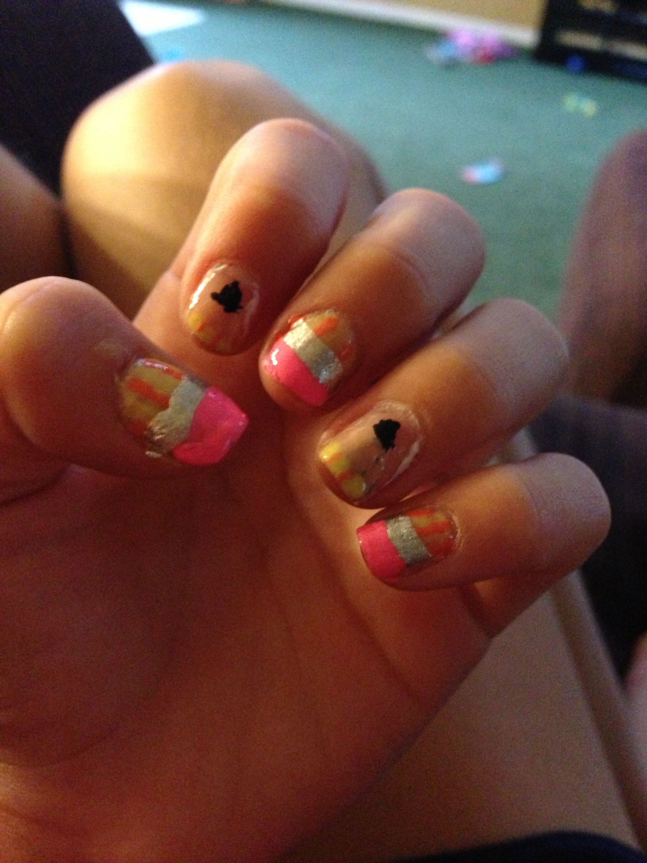 This nail design came off of YouTube from Cutepolish and this is my ...