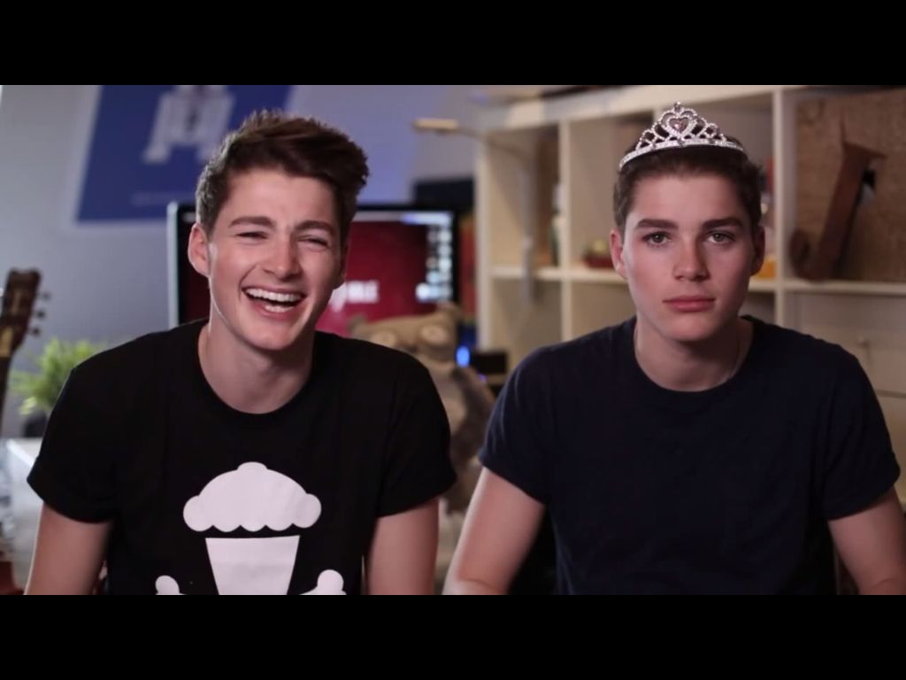 Too cute! | Jack finn, Perfect people, Finn harries