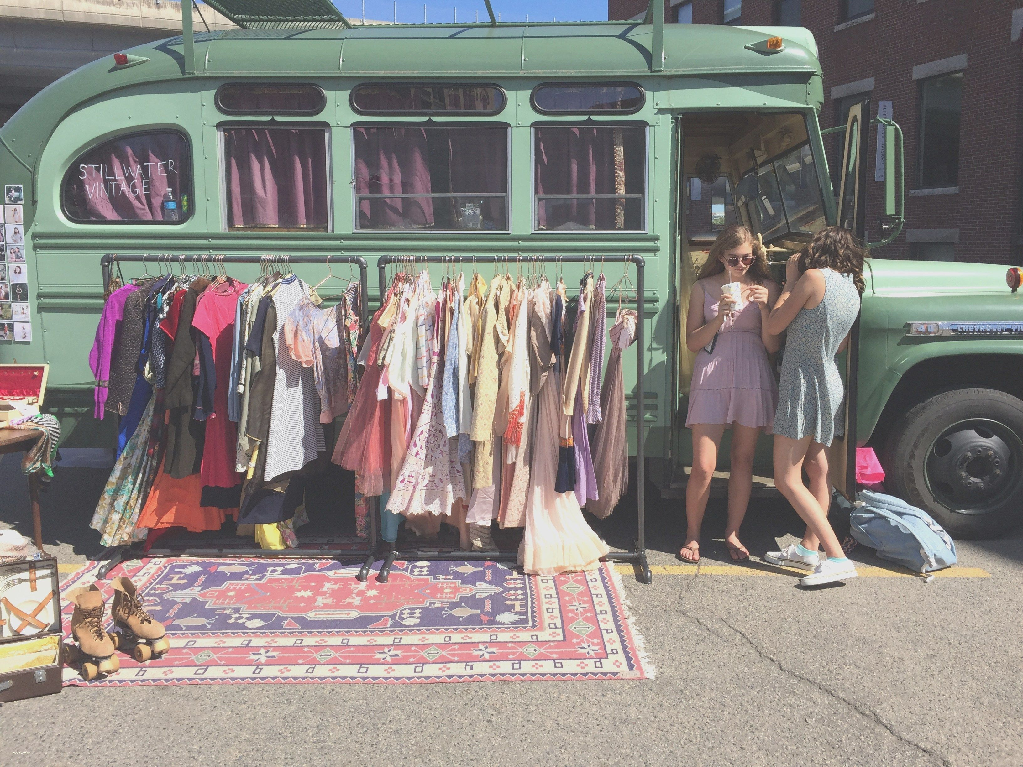 Stillwater Vintage Bus Pop Up Shops Wheels Pinterest Fashion Truck Pop Up Shops Vintage Market
