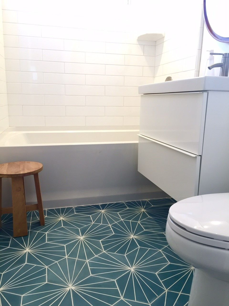 Image result for blue hexagon tile (With images) | Modern ...