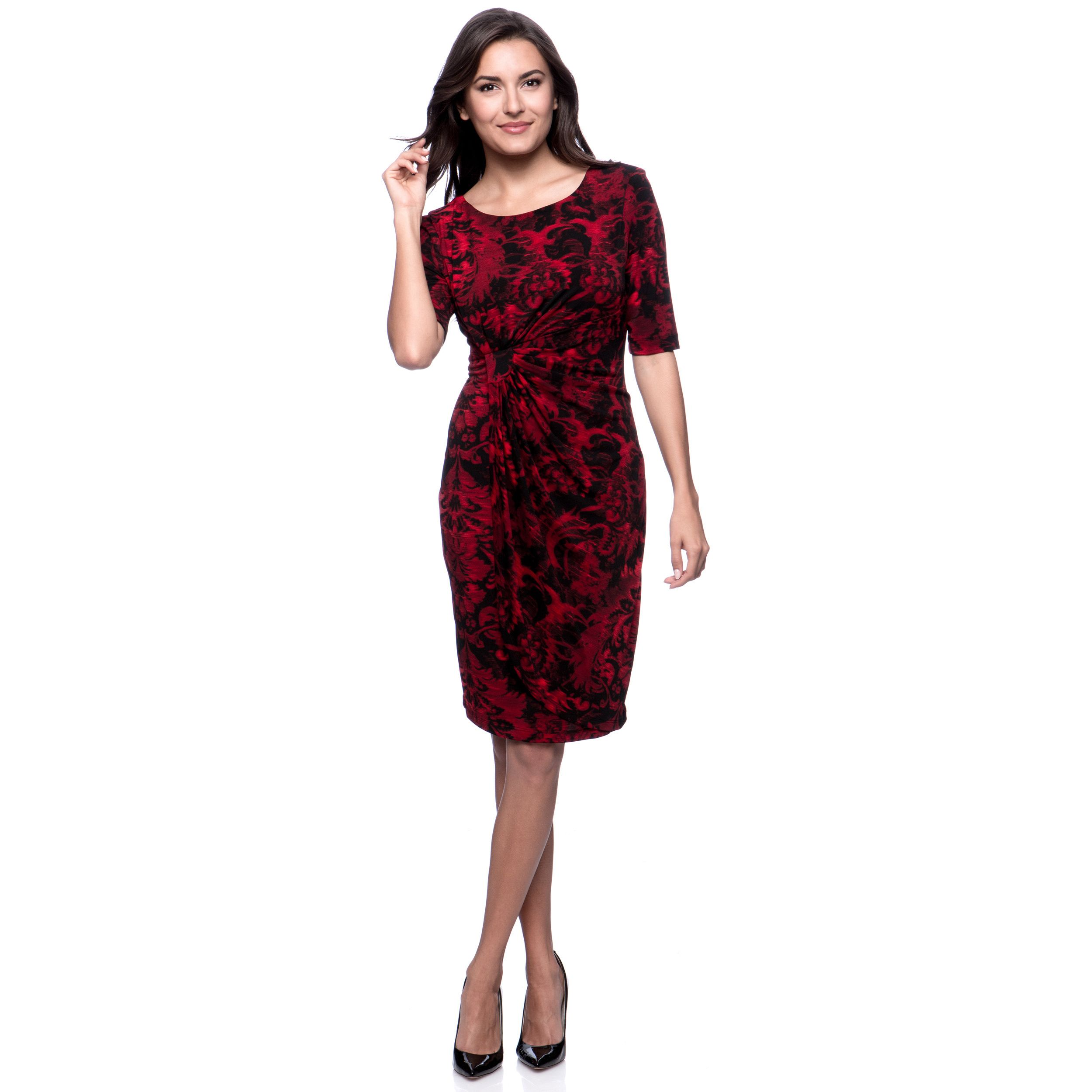 This slenderizing dress from Connected Apparel is designed from a lightweight, flowy material and features a round, boat neck and an abstract damask print. The stylish, elegant look is further completed with 3/4 sleeves and a gathered, faux wrap waist.