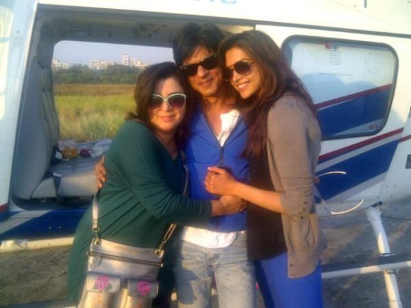 Shah Rukh Khan Deepika Padukone Farah Khan On The Sets Of Chennai Express Shahrukh Khan Deepika Padukone Chennai Express
