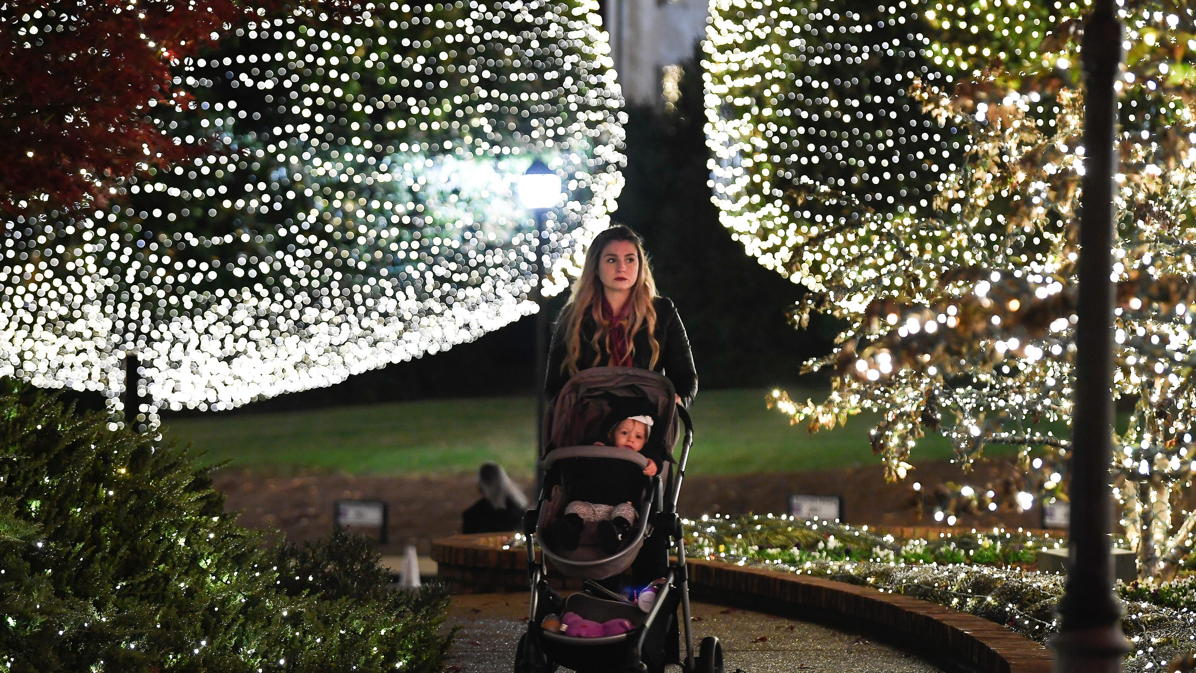 The Opryland hotel Christmas is a draw for Nashville