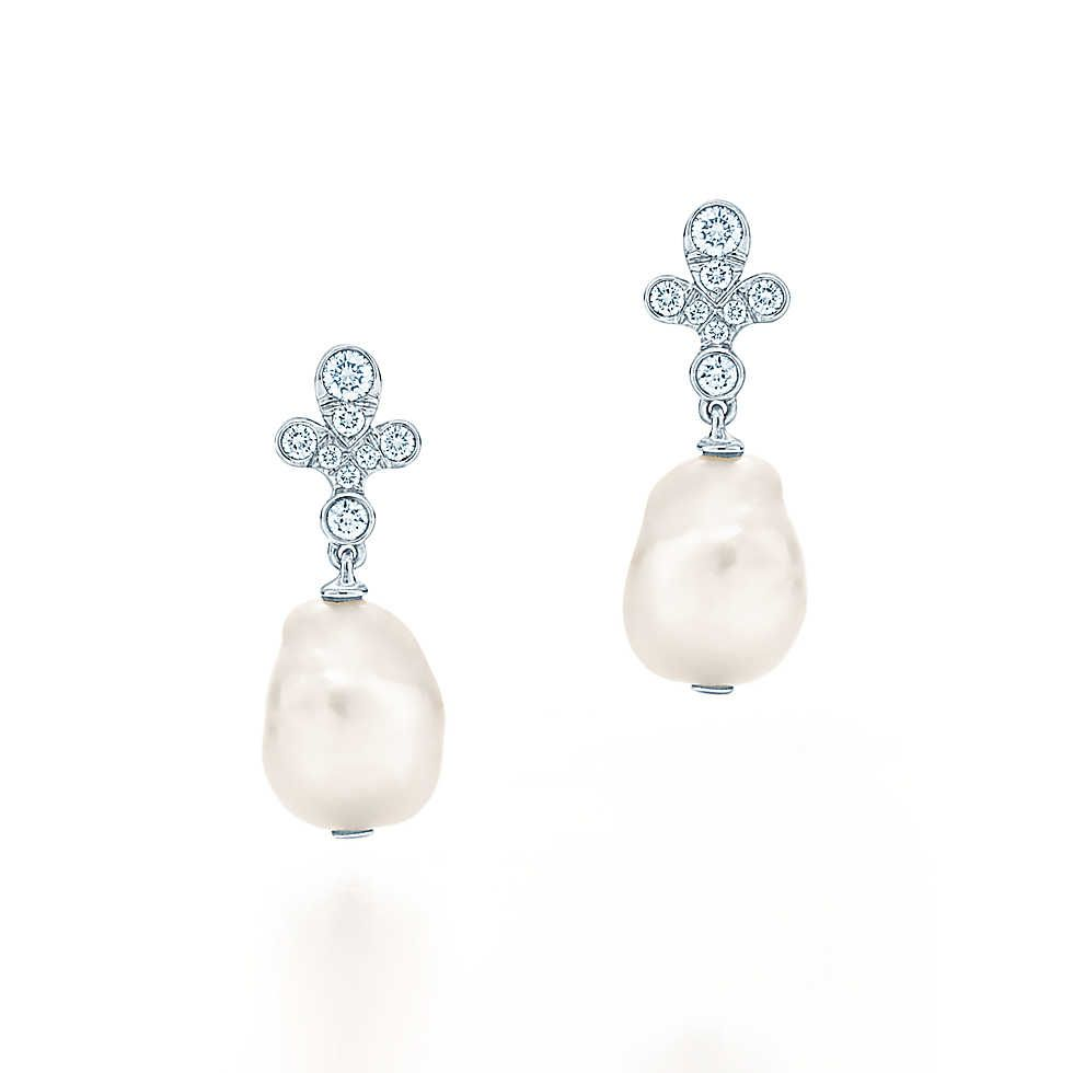 Fleur earrings in platinum with Keshi pearls and diamonds #prom