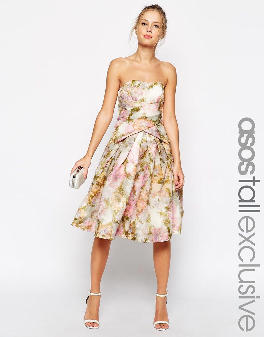 ASOS TALL – Occasion – Wunderschönes. trägerloses Kleid aus Organza ...