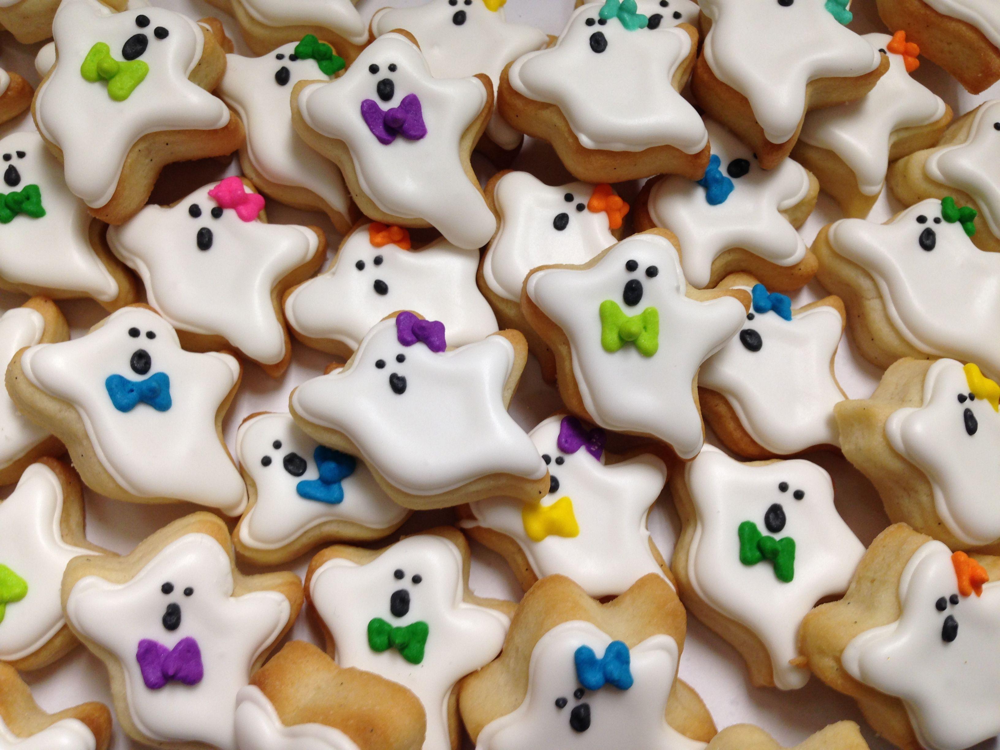 Mini Halloween Ghost Cookies! HayleyCakes and Cookies