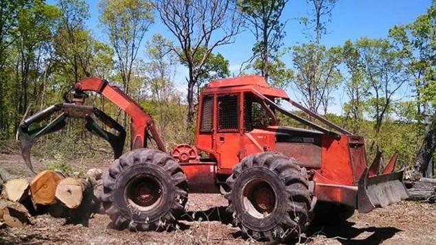 1991 Timberjack 380B Skidder | Tractors | Logging equipment