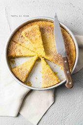 Photo of Torta di Riso – Torta italiana di riso al latte – uomo cuoce Torta d
