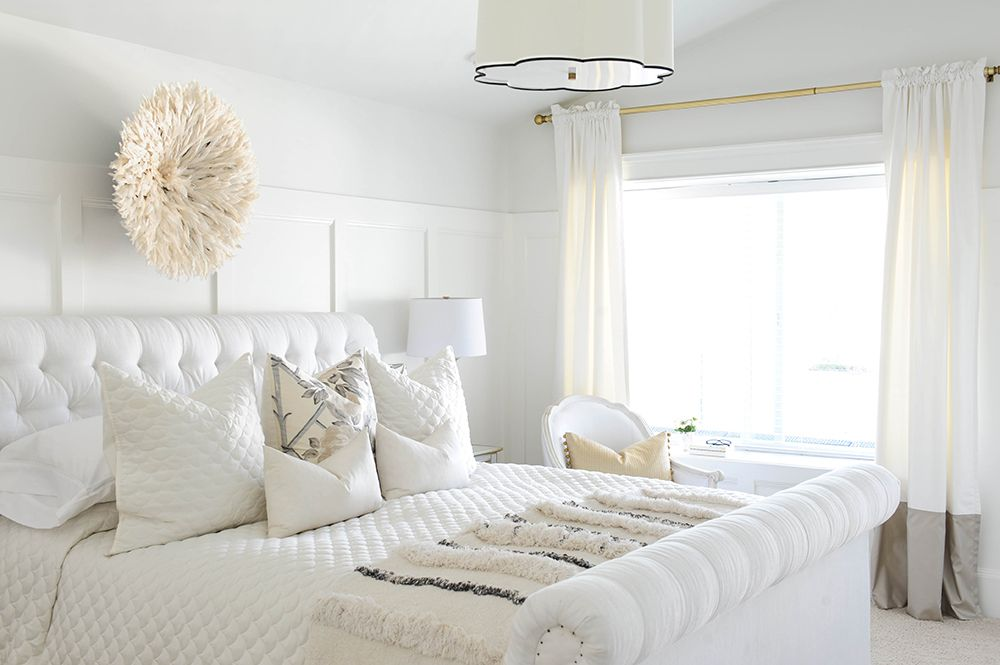 Monika Troy Hibbs Home Featured In Style At Home All White Bedroom Glamourous Bedroom All White Room